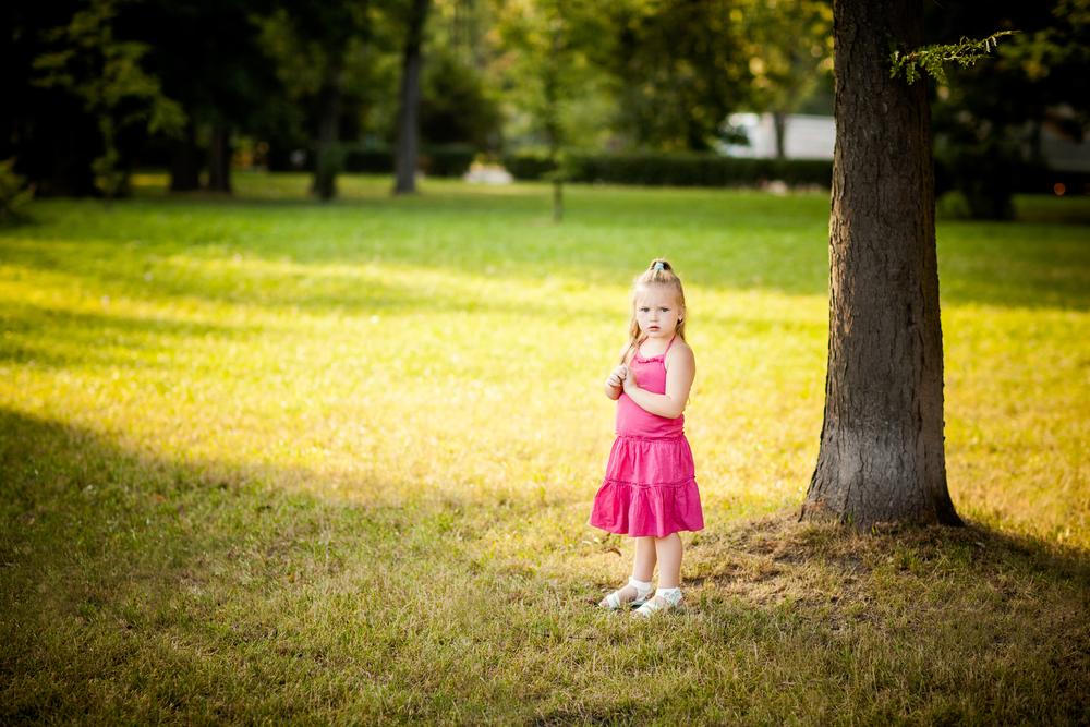 Kindergarten verbietet einem 3-jährigen Mädchen ihr Sommerkleid zu tragen