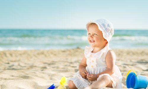 5 Tipps: So schützt du empfindliche Babyhaut vor der Sonne