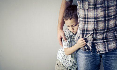 Schüchternes Kind: So gehst du besser damit um