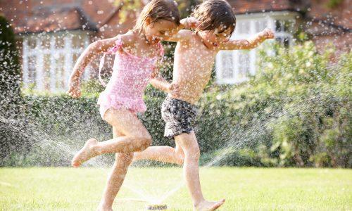 Tschüss Sommerloch: 10 Dinge, die man mit den Kindern machen kann, wenn es zu heiß zum Toben ist