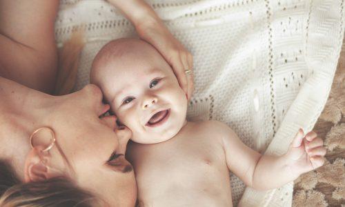 Das erste Jahr: Das sind die 7 schönsten Momente mit deinem Baby