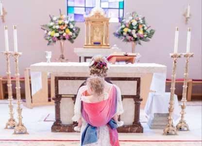 Diese Braut trug ihr Kind zum Altar und die Fotos sind ein Traum