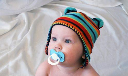 Ist die Spucke der Mama für das Kind gefährlich?