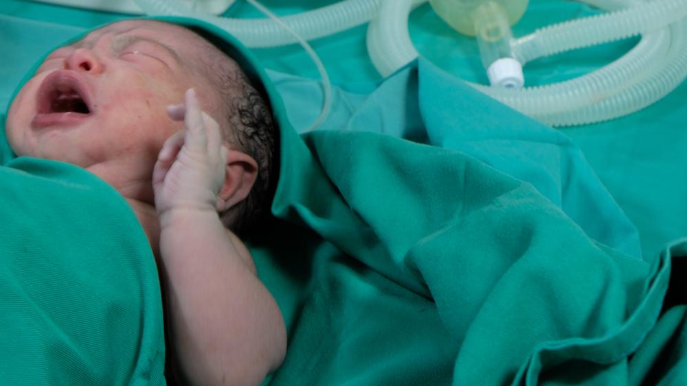 Frau bringt 26 Tage nach Entbindung erneut Zwillinge zur Welt