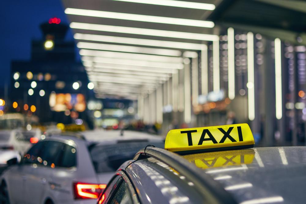 Eltern vergessen Neugeborenes im Taxi
