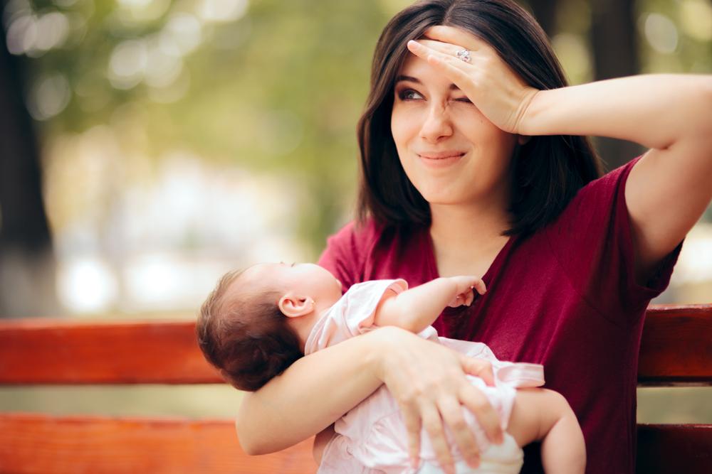 Wieso wir Mamas aufhören sollten, alles unter einen Hut bringen zu wollen