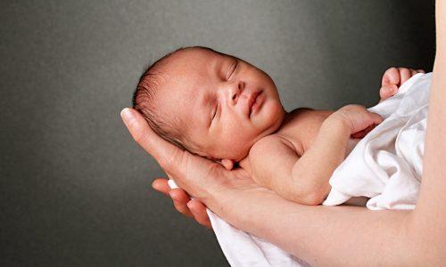 10 wunderschöne Babynamen, die Schönheit bedeuten