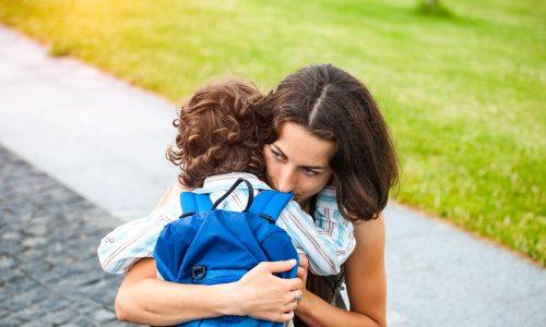 Warum es in Ordnung ist, wenn dein Kind bei der Eingewöhnung im Kindergarten weint