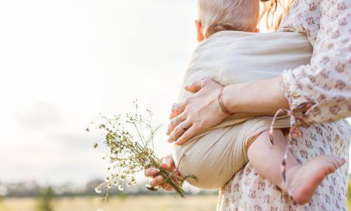3 Tipps für das Tragen von Kleinkindern