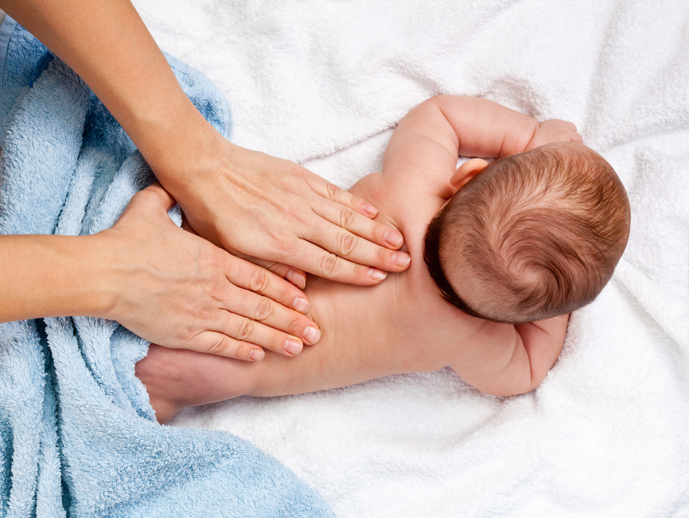 Warum Babymassage so wertvoll ist