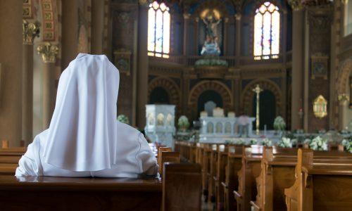 Zwei Nonnen kamen schwanger von Missionsreise zurück