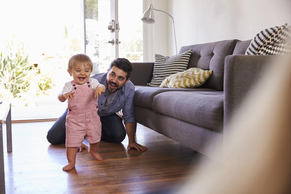 Babys größte Entwicklungsschritte im 1. Lebensjahr