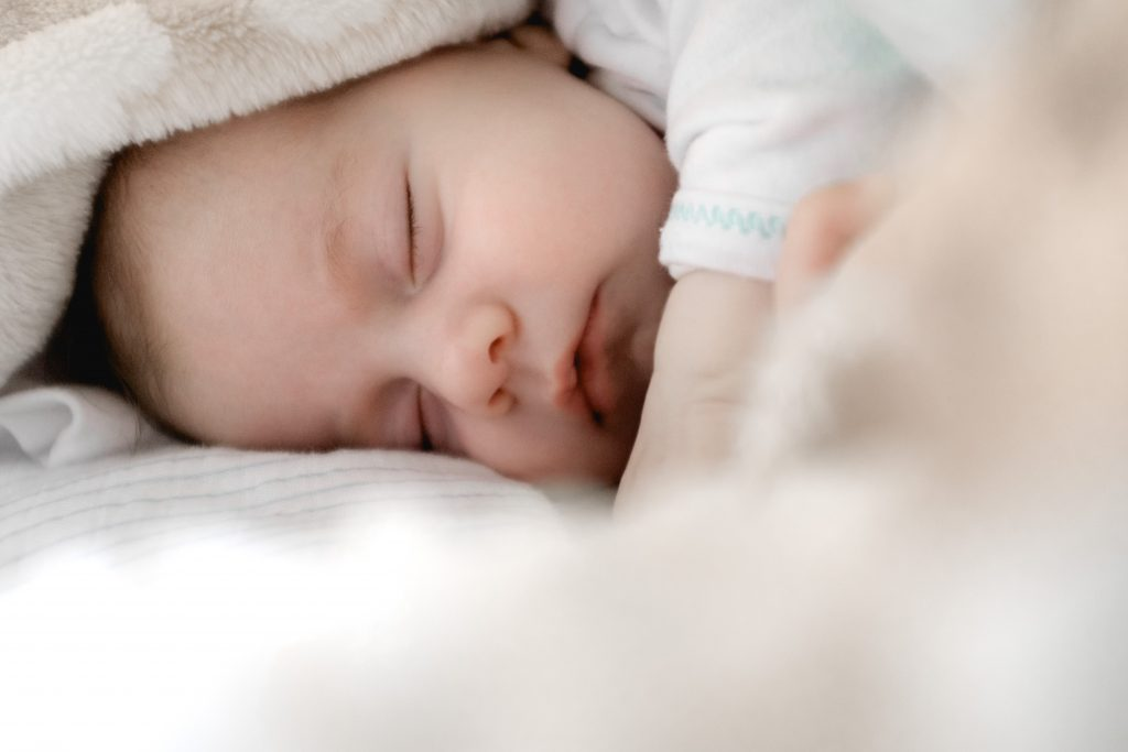 Erholsamer Schlaf mit Baby? 5 Tipps, wie er gelingt