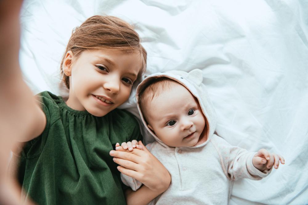 7 Unterschiede, zwischen dem erst- und zweitgeborenem Kind