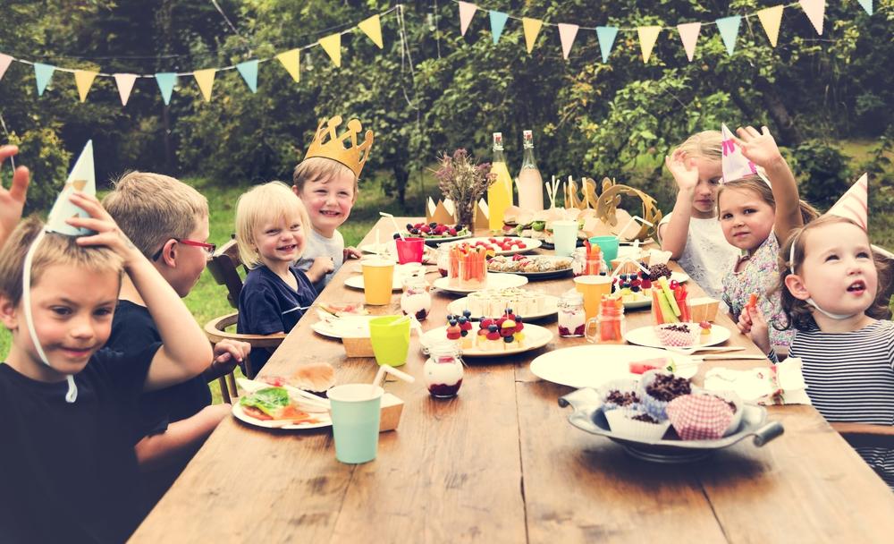 Was bei einem Kindergeburtstag auf keinen Fall fehlen darf